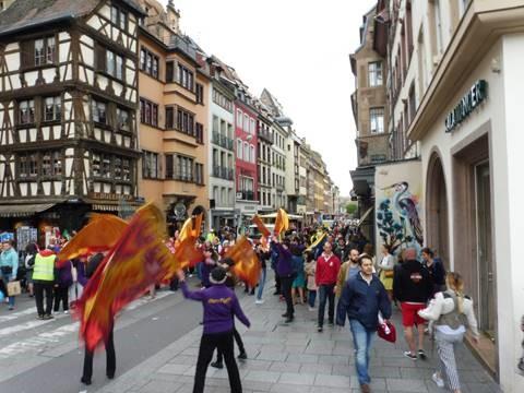 Marche chrétienne dans les rues de Strasbourg - Diocèse de