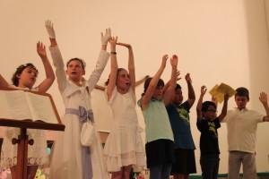 7-10 ans chant gestué