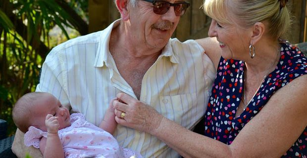 grands-parents et bébé